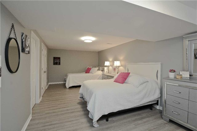 Detached at 87 Kingswood Dr, Clarington, Ontario. Image 7