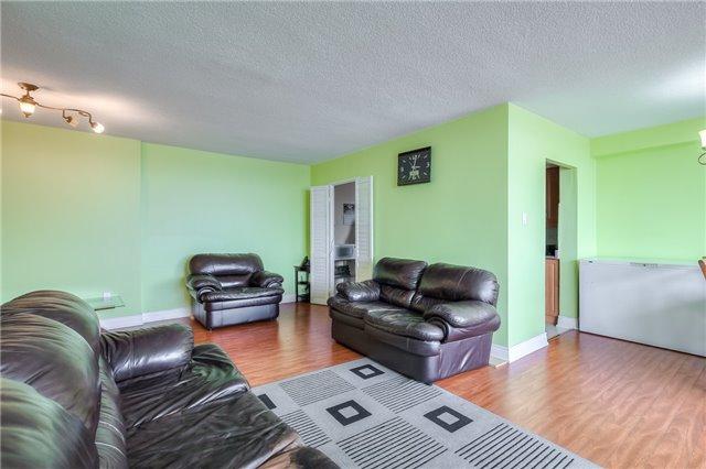 Condo Apartment at 301 Prudential Dr, Unit 912, Toronto, Ontario. Image 18