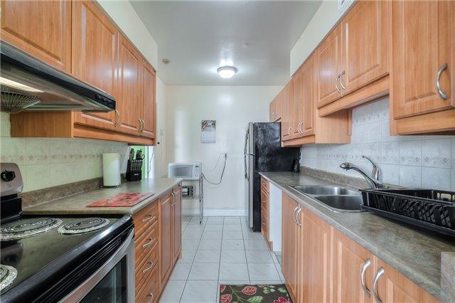 Condo Apartment at 301 Prudential Dr, Unit 912, Toronto, Ontario. Image 20