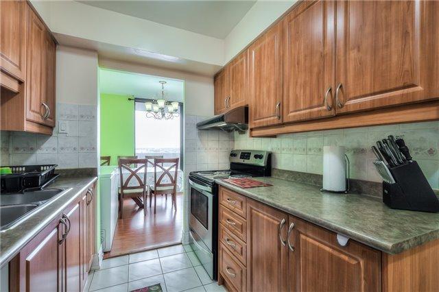 Condo Apartment at 301 Prudential Dr, Unit 912, Toronto, Ontario. Image 3