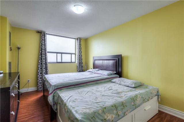 Condo Apartment at 301 Prudential Dr, Unit 912, Toronto, Ontario. Image 4