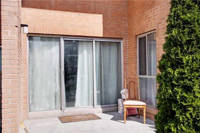Condo Townhouse at 100 Mornelle Crt, Unit 1103, Toronto, Ontario. Image 14