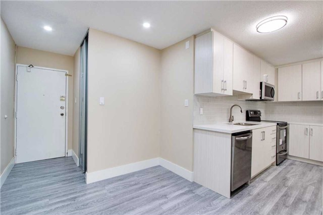 Condo Townhouse at 100 Mornelle Crt, Unit 1103, Toronto, Ontario. Image 17