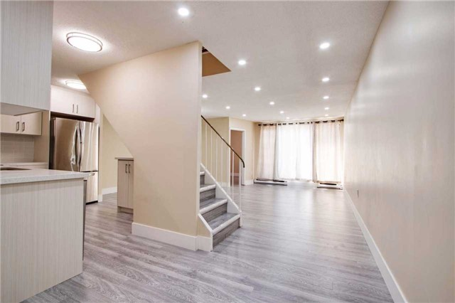 Condo Townhouse at 100 Mornelle Crt, Unit 1103, Toronto, Ontario. Image 18