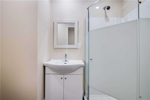 Condo Townhouse at 100 Mornelle Crt, Unit 1103, Toronto, Ontario. Image 5