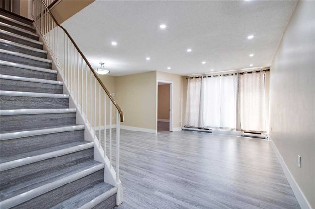 Condo Townhouse at 100 Mornelle Crt, Unit 1103, Toronto, Ontario. Image 8