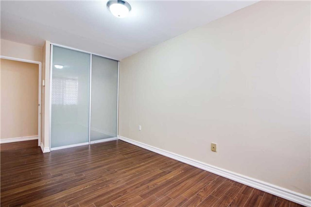 Condo Townhouse at 100 Mornelle Crt, Unit 1103, Toronto, Ontario. Image 10
