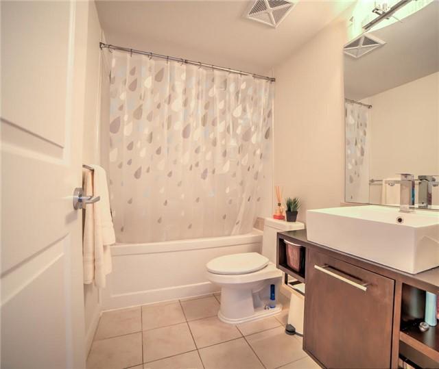 Condo Apartment at 190 Borough Dr, Unit 1703, Toronto, Ontario. Image 4