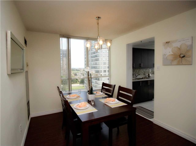 Condo Apartment at 330 Alton Towers Circ, Unit 909, Toronto, Ontario. Image 2