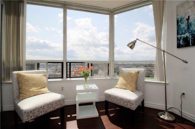 Condo Apartment at 330 Alton Towers Circ, Unit 909, Toronto, Ontario. Image 6