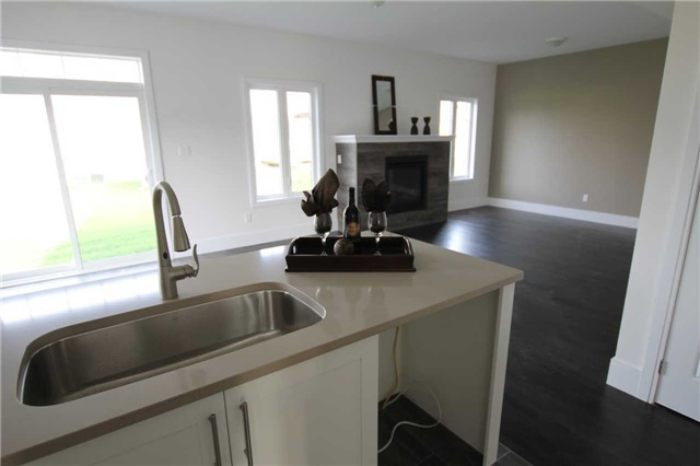 Detached at 71 Stainton St, Clarington, Ontario. Image 20