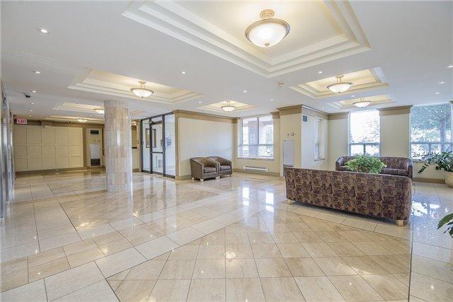 Condo Apartment at 330 Mccowan Rd, Unit 1412, Toronto, Ontario. Image 10