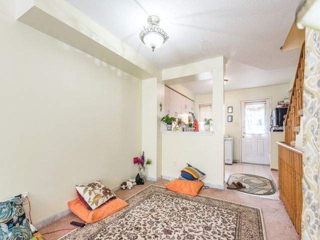 Condo Townhouse at 2 Hedge End Rd, Unit 110, Toronto, Ontario. Image 14
