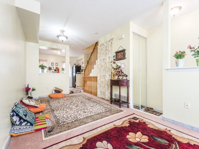 Condo Townhouse at 2 Hedge End Rd, Unit 110, Toronto, Ontario. Image 16
