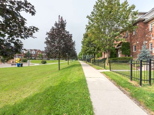 Condo Townhouse at 2 Hedge End Rd, Unit 110, Toronto, Ontario. Image 11