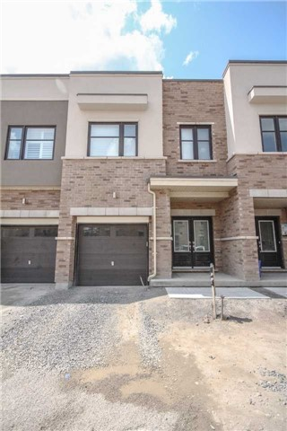 Townhouse at 16 Jerseyville Way, Whitby, Ontario. Image 1