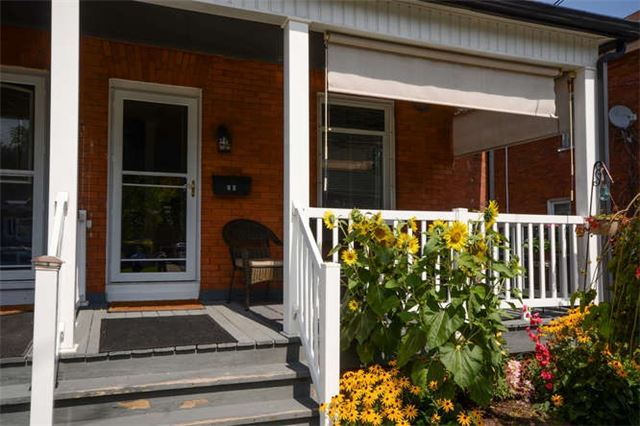 Semi-detached at 26 Carlisle Ave, Clarington, Ontario. Image 15