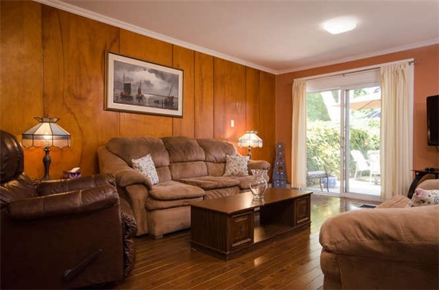 Semi-detached at 26 Carlisle Ave, Clarington, Ontario. Image 10