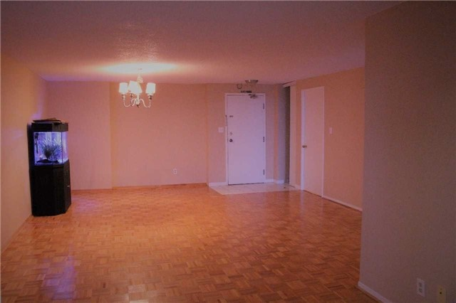 Condo Apartment at 80 Alton Towers Circ, Unit 2002, Toronto, Ontario. Image 13