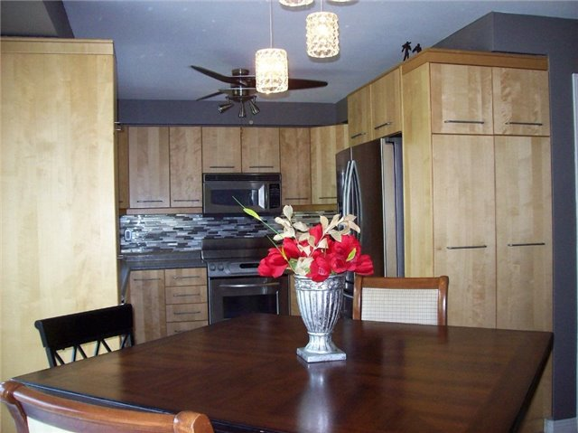 Detached at 16 Boswell Dr, Clarington, Ontario. Image 18