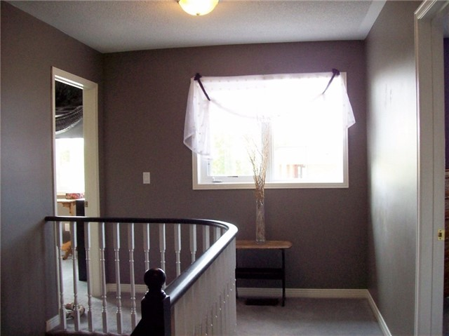 Detached at 16 Boswell Dr, Clarington, Ontario. Image 8