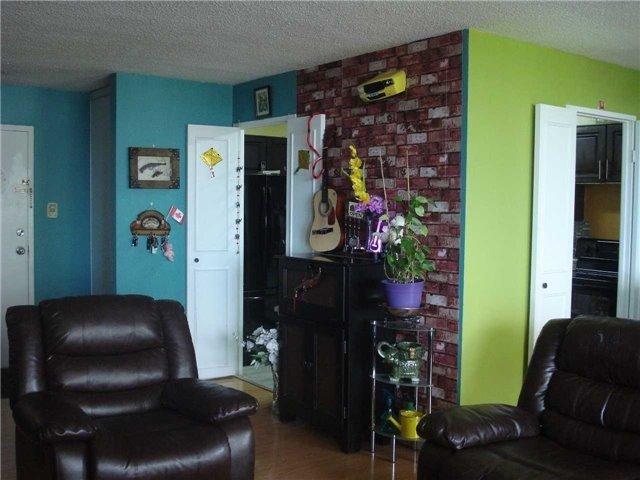 Condo Apartment at 120 Dundalk Dr, Unit 602, Toronto, Ontario. Image 19