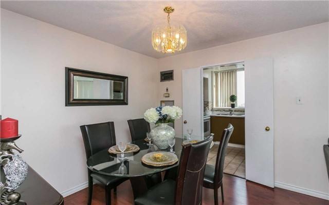 Condo Apartment at 430 Mclevin Ave, Unit 1811, Toronto, Ontario. Image 3