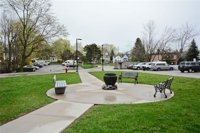 Condo Apartment at 92 Church St S, Unit Ph 9, Ajax, Ontario. Image 9