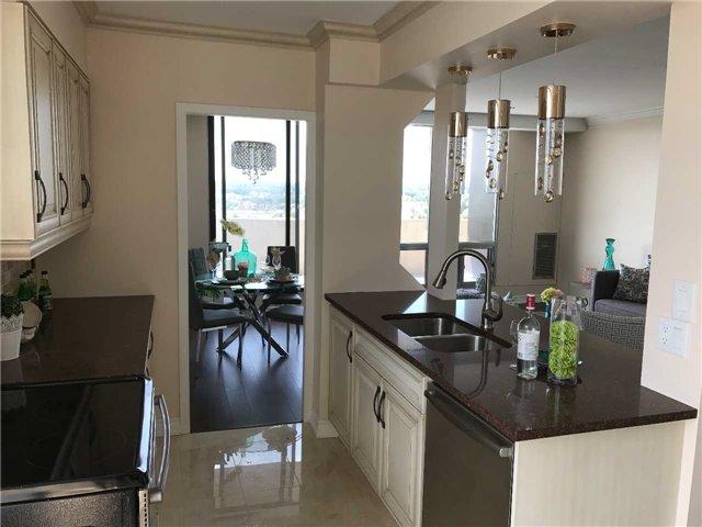 Condo Apartment at 92 Church St S, Unit Ph 9, Ajax, Ontario. Image 16