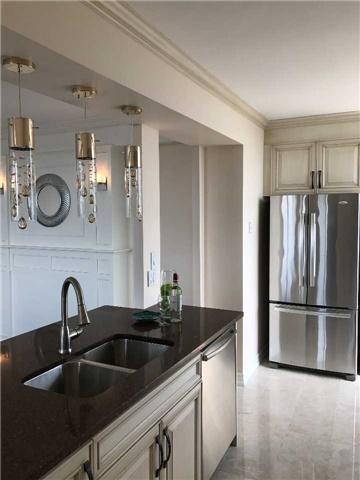 Condo Apartment at 92 Church St S, Unit Ph 9, Ajax, Ontario. Image 3