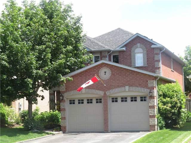 Detached at 7 Mcivor St, Whitby, Ontario. Image 1