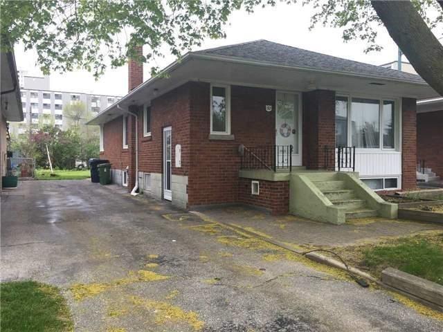 Detached at 32 Amberley Dr, Toronto, Ontario. Image 11