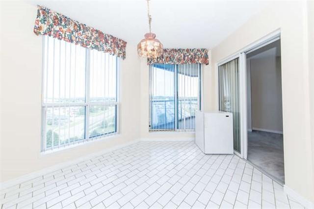 Condo Apartment at 360 Watson St W, Unit 1011, Whitby, Ontario. Image 19