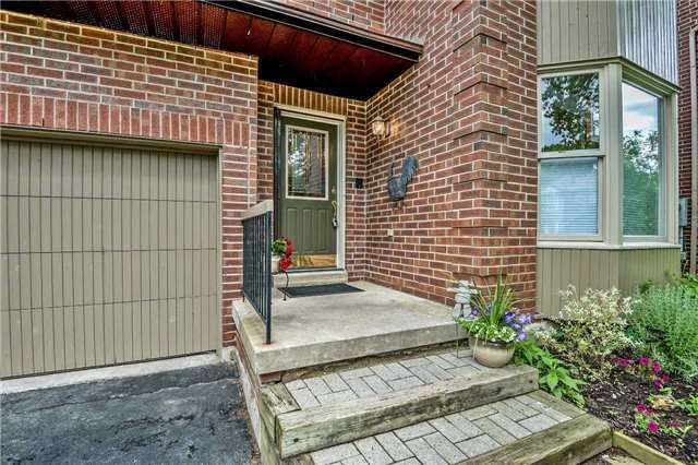 Detached at 1523 Eagleview Dr, Pickering, Ontario. Image 12