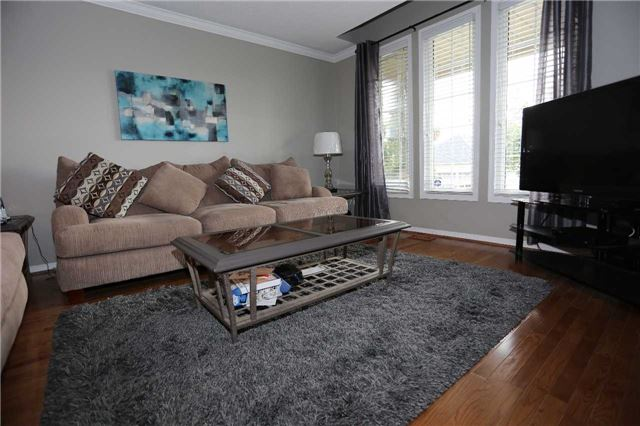 Detached at 1473 Greenvalley Tr, Oshawa, Ontario. Image 10