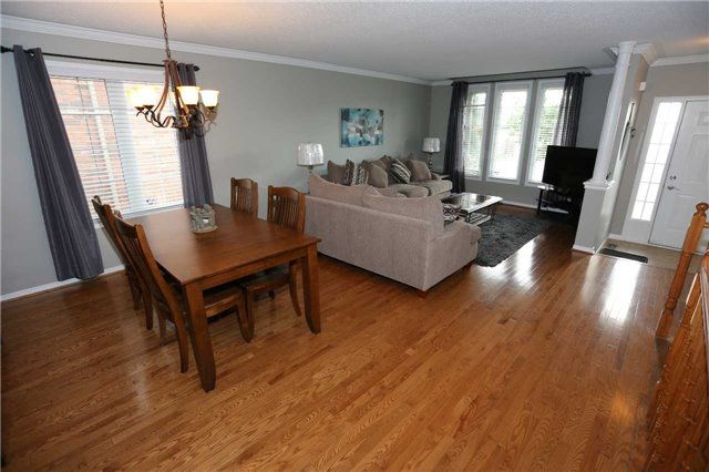 Detached at 1473 Greenvalley Tr, Oshawa, Ontario. Image 11