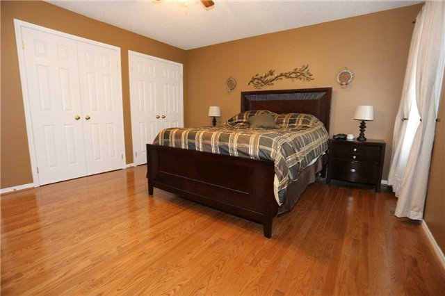 Detached at 1473 Greenvalley Tr, Oshawa, Ontario. Image 16