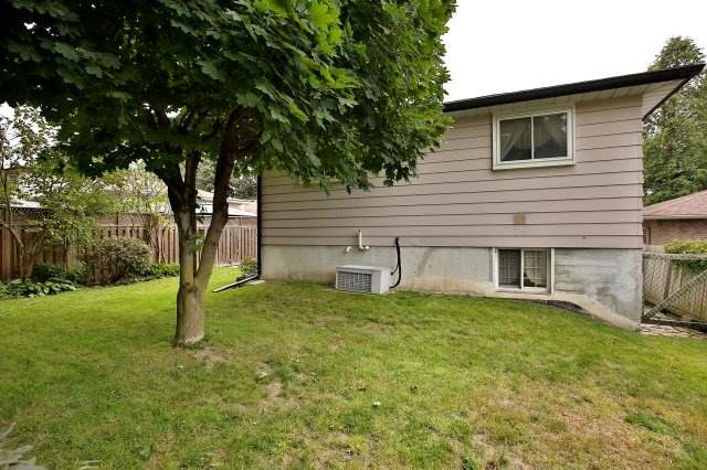 Detached at 472 Everson Crt, Oshawa, Ontario. Image 10