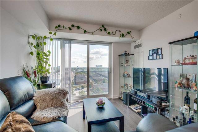 Condo Apartment at 255 Village Green Sq, Unit 1201, Toronto, Ontario. Image 3