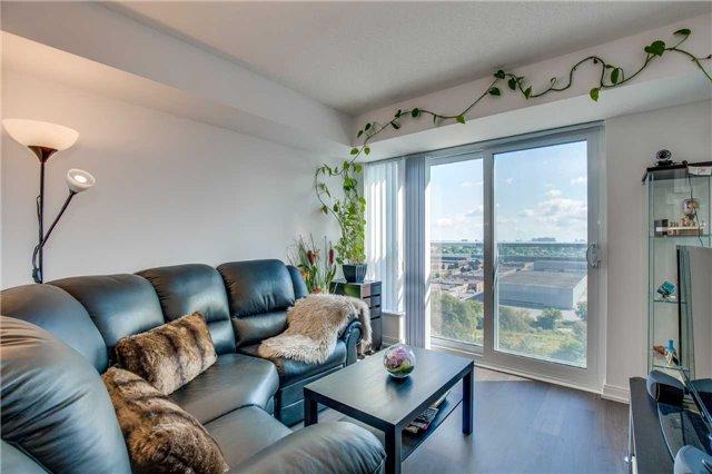 Condo Apartment at 255 Village Green Sq, Unit 1201, Toronto, Ontario. Image 4