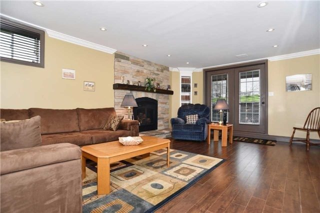 Detached at 15 Grist Mill Crt, Clarington, Ontario. Image 8
