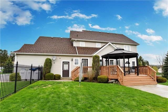 Detached at 15 Grist Mill Crt, Clarington, Ontario. Image 13