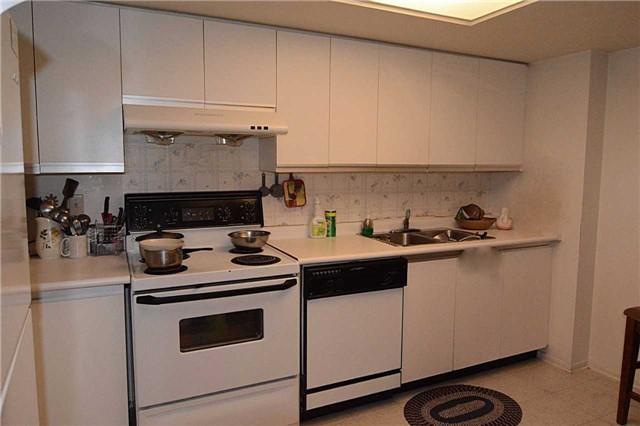 Condo Apartment at 2466 Eglinton Ave E, Unit 305, Toronto, Ontario. Image 13