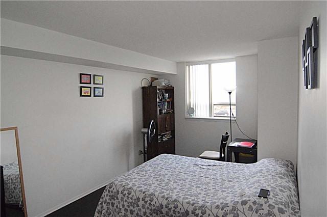 Condo Apartment at 2466 Eglinton Ave E, Unit 305, Toronto, Ontario. Image 2