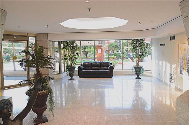 Condo Apartment at 2466 Eglinton Ave E, Unit 305, Toronto, Ontario. Image 5