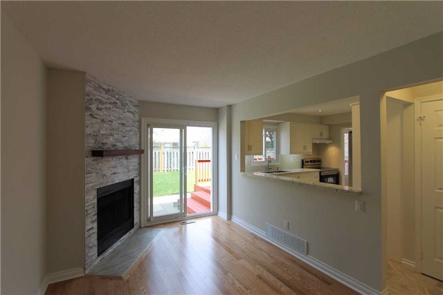 Detached at 2371 Strathmore Cres, Pickering, Ontario. Image 15