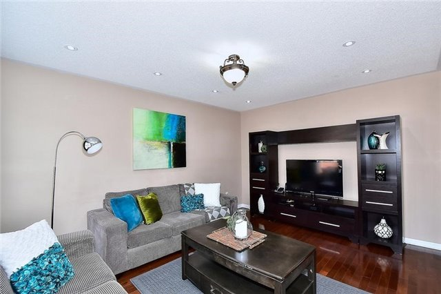 Detached at 18 Jacques Rd, Toronto, Ontario. Image 17