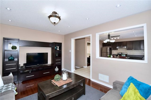 Detached at 18 Jacques Rd, Toronto, Ontario. Image 18