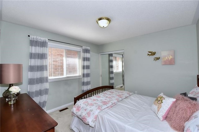 Detached at 18 Jacques Rd, Toronto, Ontario. Image 6