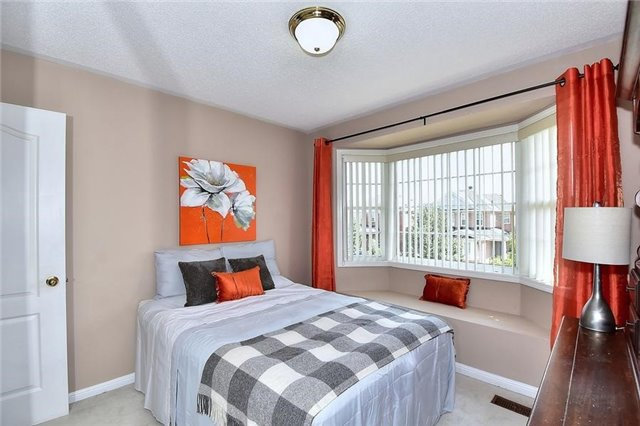 Detached at 18 Jacques Rd, Toronto, Ontario. Image 7